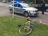Přehlédla cyklistu při odbočování, ten byl naštěstí zraněn jen lehce