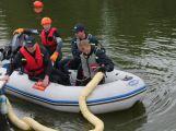 Hasiči a záchranáři cvičili na Orlické přehradě