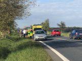 Strakonická je ucpaná kvůli nehodě tří vozů u Chraštic