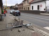 Plot u silnice nepřežil nehodu v Rožmitálské