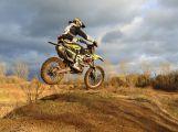 Ze sedlčanské Kotliny někdo o víkendu ukradl tři crossové motorky