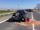Aktuálně: Vážná dopravní nehoda se zraněním zastavila dopravu u Skalky