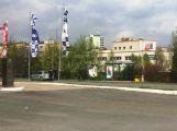 Policie prověřuje podezřelý batoh v Brodské ulici