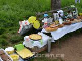 Zítra ráno můžete posnídat v trávě svatohorského sadu