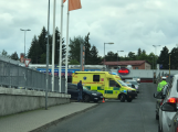 Vozidlo srazilo chodce v Žežické ulici