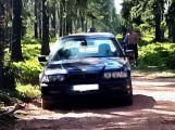 Spletlo si BMW širokou cestu v CHKO s dálnicí?!