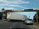Dopravní kolaps v Příbrami, Husova ulice je téměř neprůjezdná