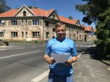 Domy v Březnické se začnou opravovat ještě letos, říká jejich nový majitel