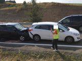 Právě teď: Nehoda tří osobních vozů komplikuje provoz na Skalce