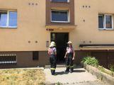V jednom z domů v ulici S.K. Neumanna je cítit plyn