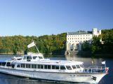 Na Vltavě u Zvíkova se můžete po celé prázdniny nechat přepadnout piráty