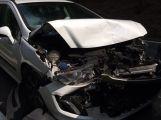 U Hluboše došlo ke srážce dvou osobních vozidel