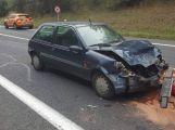 Aktuálně: Tři osobní automobily se srazily na Strakonické u Milína