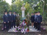 Pomník Masaryka v Bratkovicích se dočkal slavnostního obnovení