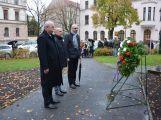 Obrazem: Tradiční pietní akt konaný u příležitosti 99. výročí vzniku samostatného československého státu