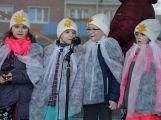 Děti z mateřinek vnesly vánoční pohodu na náměstí 17. listopadu