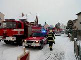 Příbramští a rožmitálští hasiči vyjížděli v neděli k požáru rodinného domu