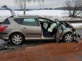 Aktuálně: Nedání přednosti v jízdě zapříčinilo vážnou dopravní nehodu