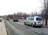 Nehoda dodávky blokuje hlavní tah z Příbrami na Plzeň