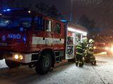 Aktuálně: Čtyři jednotky hasičů likvidují požár budovy v Příbrami