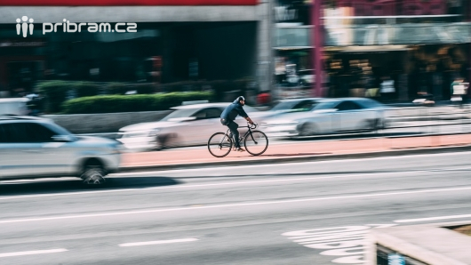 Do práce na kole, na bruslích, na skateboardu? Soutěží se od začátku května