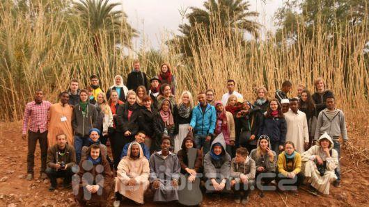 Studenti sázeli stromy v Maroku