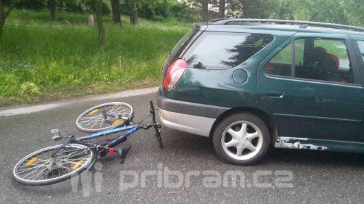 V Mariánské byla sražena cyklistka
