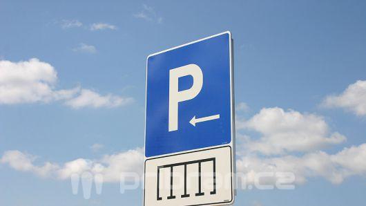Dobříš od ledna změní systém parkování v centru města