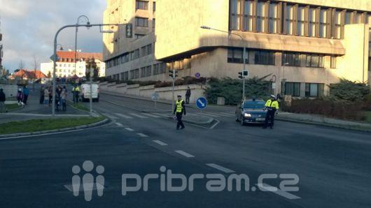 Náměstí bude uzavřeno minimálně do 22 hodin (VIDEO)