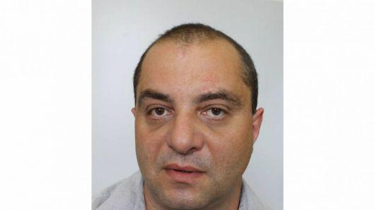 Policie pátrá po muži z Petrovic, je podezřelý z podvodu