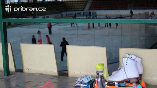 Zimní stadion zve na hokejová utkání s mezinárodní účastí