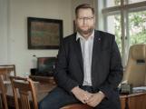 Jan Konvalinka: Přistupujeme k uzavření dalších veřejných prostor jako jsou oplocená dětská hřiště a hřbitovy