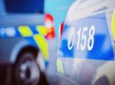Policisté přijali hlášení o pobodaném muži, nakonec se jednalo o namol opilého agresora