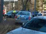Dva zranění policisté po střetu policejního vozu s civilním (2)