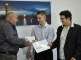 Žáci ZŠ Jiráskovy sady předali řediteli Oblastní nemocnice Příbram výtěžek z charitativních akcí (7)