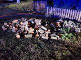 Hasiči zasahují u požáru kotelny (3)
