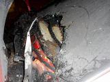 Na sídlišti hořelo osobní auto (4)