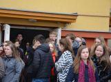 """Studenti příbramských škol se připojili ke stávce a """"Vyšli ven"""" ()"""