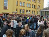 """Studenti příbramských škol se připojili ke stávce a """"Vyšli ven"""" (16)"""