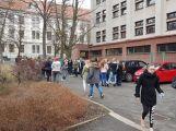 """Studenti příbramských škol se připojili ke stávce a """"Vyšli ven"""" (5)"""