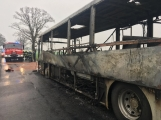 Aktuálně: Plameny zachvátily autobus (11)
