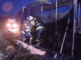 Požár autobusu u Tochovic pohledem hasičů po příjezdu na místo události (14)