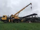 Požár autobusu u Tochovic pohledem hasičů po příjezdu na místo události (2)