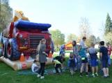 Den Země oslavily děti z Dobříše velkolepě ()