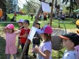 Den Země oslavily děti z Dobříše velkolepě (28)