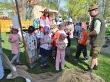 Den Země oslavily děti z Dobříše velkolepě (6)