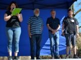 Z Vacíkova se vydali turisté již na 6. pochod na Petráškovu horu (35)