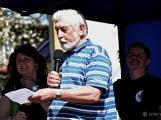 Z Vacíkova se vydali turisté již na 6. pochod na Petráškovu horu (32)