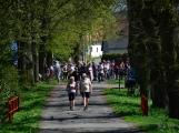 Z Vacíkova se vydali turisté již na 6. pochod na Petráškovu horu (28)