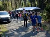 Z Vacíkova se vydali turisté již na 6. pochod na Petráškovu horu (51)
